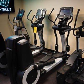 LifeFItness Elevation Series Elliptical