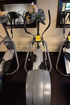Precor EFX 5.33 Fixed Ramp Elliptical