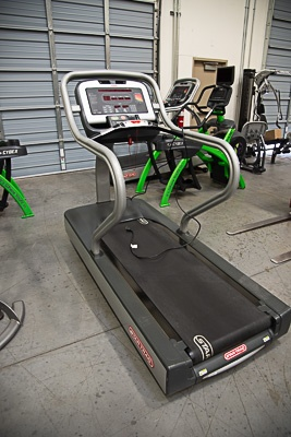 Text Box Star Trac 8TRX Treadmill