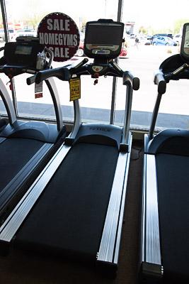 TRUE TES900-16T Treadmill (2016)