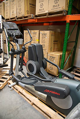 Life Fitness CSLX Elliptical Trainer