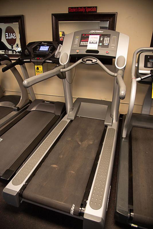 Life Fitness 9i Treadmill