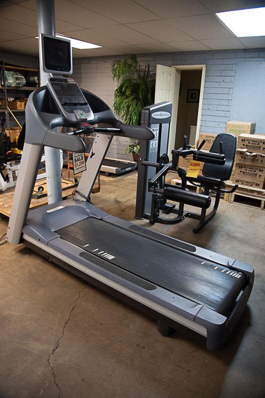 Precor TRM 954i Treadmill