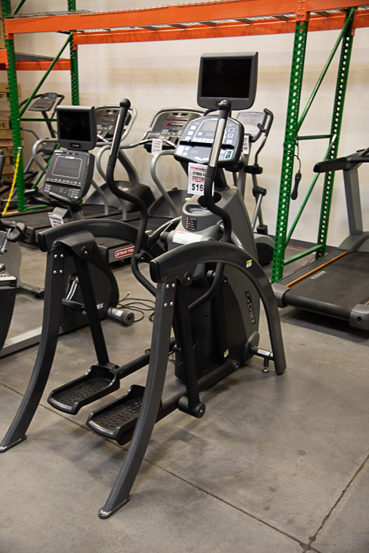 Cybex 425A Total Body Arc Trainer